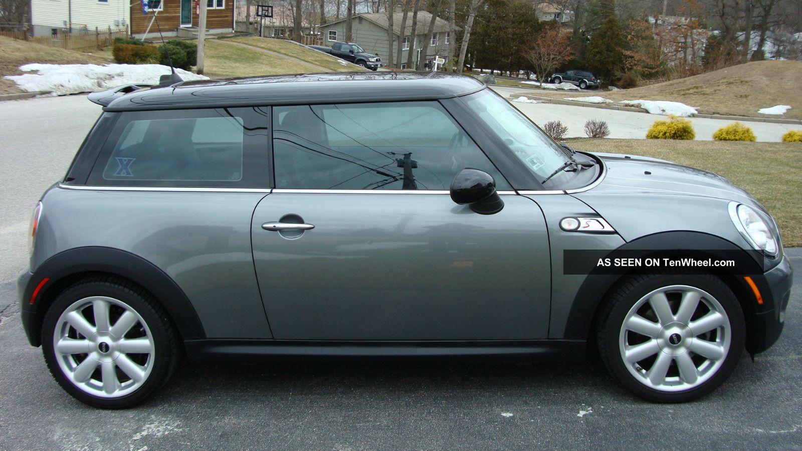 2009 Mini Cooper S Hatchback 2