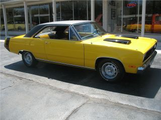 1972 Plymouth Scamp Performance Yellow 340 4 Speed Disc Brakes Recent Resto photo