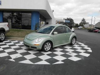 2007 Volkswagon Beetle photo