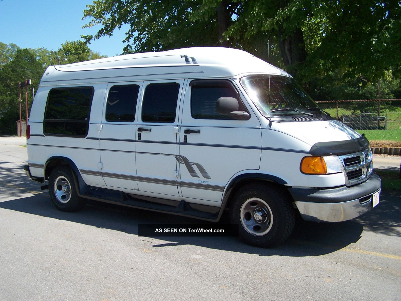 2000 Dodge Ram 1500 Conversion Van