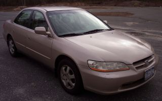 2000 Honda Accord Se 4 Door Auto photo