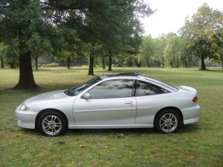 2005 Chevrolet Cavalier Ls Sport Coupe Fully Loaded photo