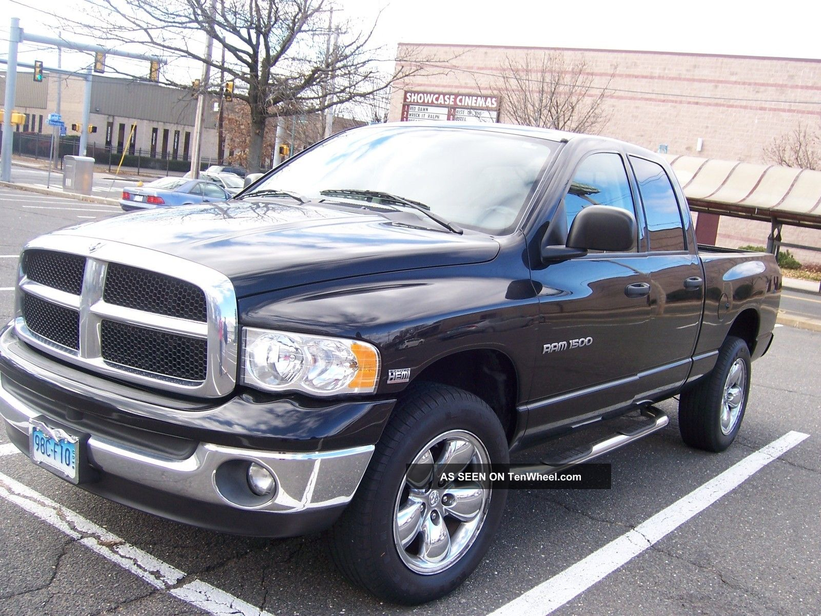 2005 dodge ram 1500 slt pickup 4 door 5 7l. Black Bedroom Furniture Sets. Home Design Ideas