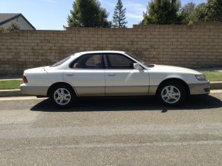1992 Lexus Es300 Base Sedan 4 - Door 3.  0l photo
