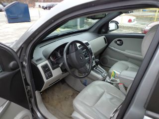 2005 Chevrolet Equinox Lt Sport Utility 4 - Door 3.  4l photo