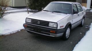 1991 Vw Jetta Gl.  Condition Car 5 - Speed,  Solid,  Drive Anywhere photo