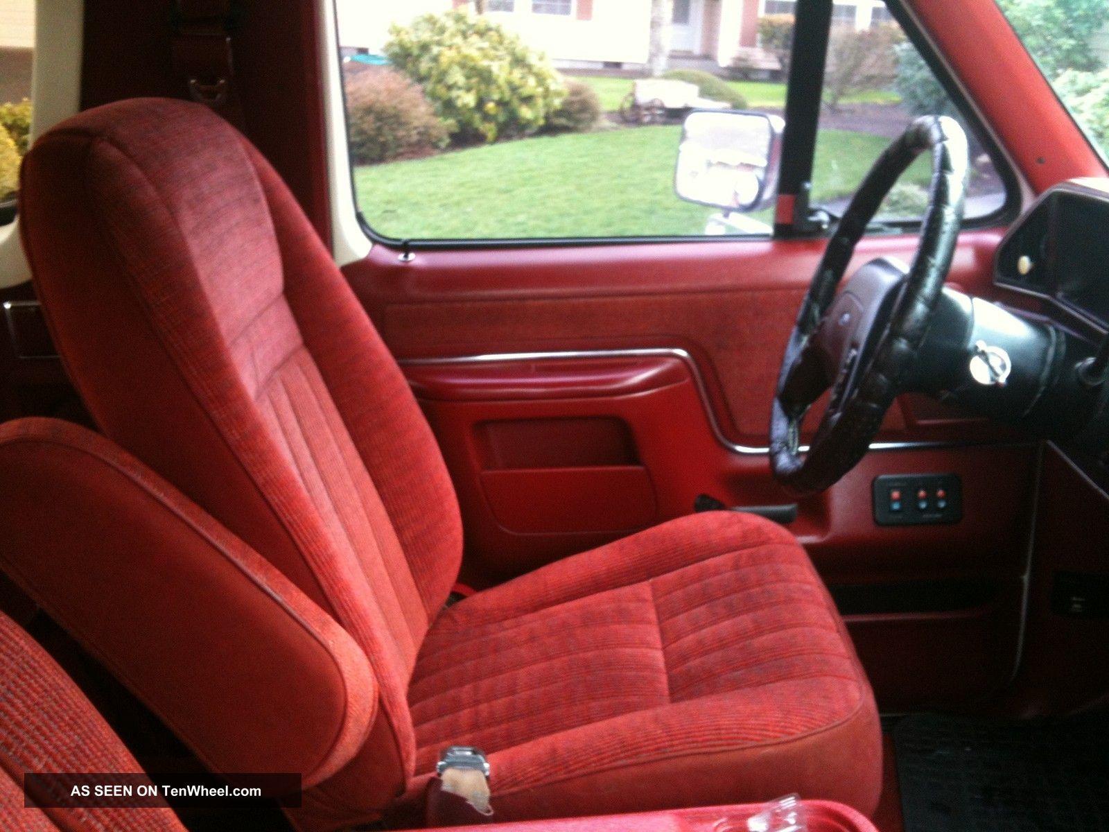 Ford Bronco Xlt Lgw on 1989 Jeep Wrangler Specs