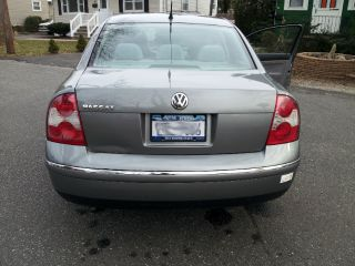 2003 Volkswagen Passat Gl Sedan 4 - Door 1.  8l - photo