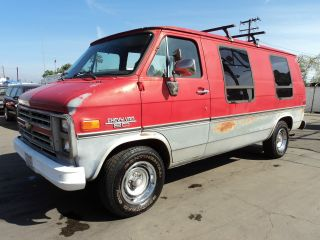 1985 Chevy Van, photo