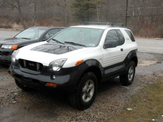 1999 Isuzu Vehicross Base Sport Utility 2 - Door 3.  5l Ironman Edition photo
