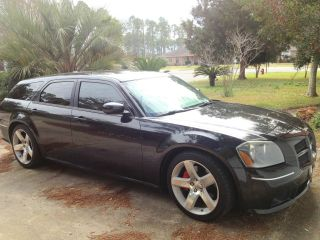 2006 Dodge Magnum Srt8 Wagon 4 - Door 6.  1l photo