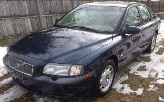 2001 Volvo S80 Sedan Runs Drives Great Shape photo