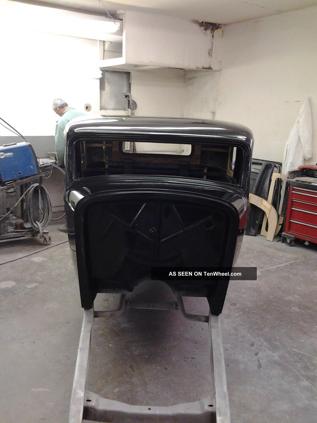 1932 5 Window Coupe Replica/Kit Makes photo