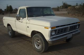 1976 Ford F - 100 4x4 Short Bed photo