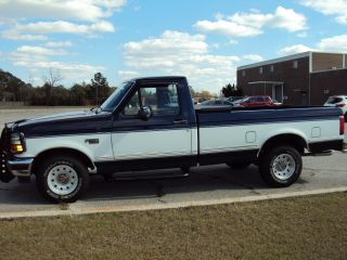 1994 Ford F - 150 Xlt Standard Cab Pickup 2 - Door 5.  0l photo