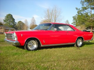 1966 Ford Galaxie 500 photo