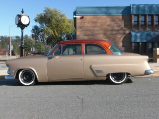 1954 Ford Customline 2d Sedan Hot Rod Mild Custom photo