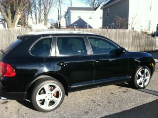2005 Porsche Cayenne Turbo Sport Utility 4 - Door 4.  5l photo