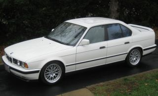 1991 Bmw M5 Base Sedan 4 - Door 3.  6l Perfect Throughout photo