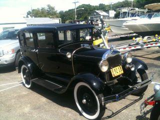 1929 Ford Sedan photo