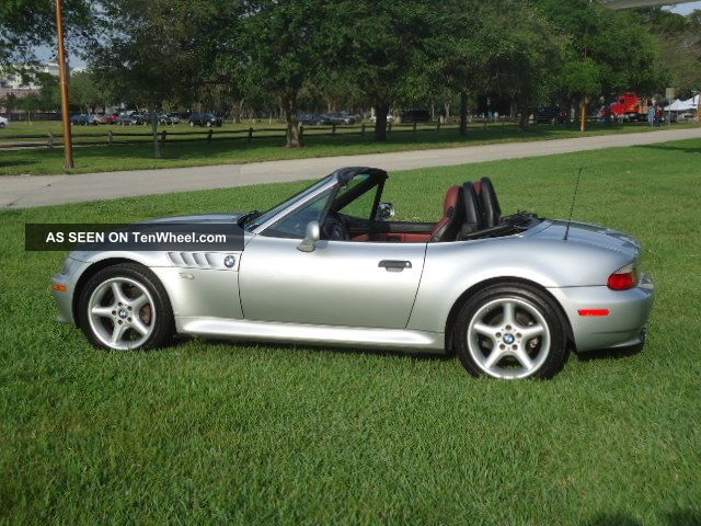 2000 bmw z3 roadster convertible 2 door 2 5l. Black Bedroom Furniture Sets. Home Design Ideas