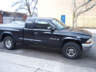 1997 Dodge Dakota Club Cab V8 4x4 No Resrve Good Running Truck photo