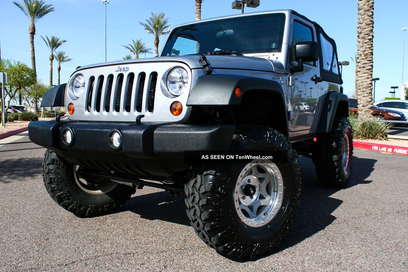 2013 jeep wrangler sport sport utility 2 door 3 6l. Black Bedroom Furniture Sets. Home Design Ideas