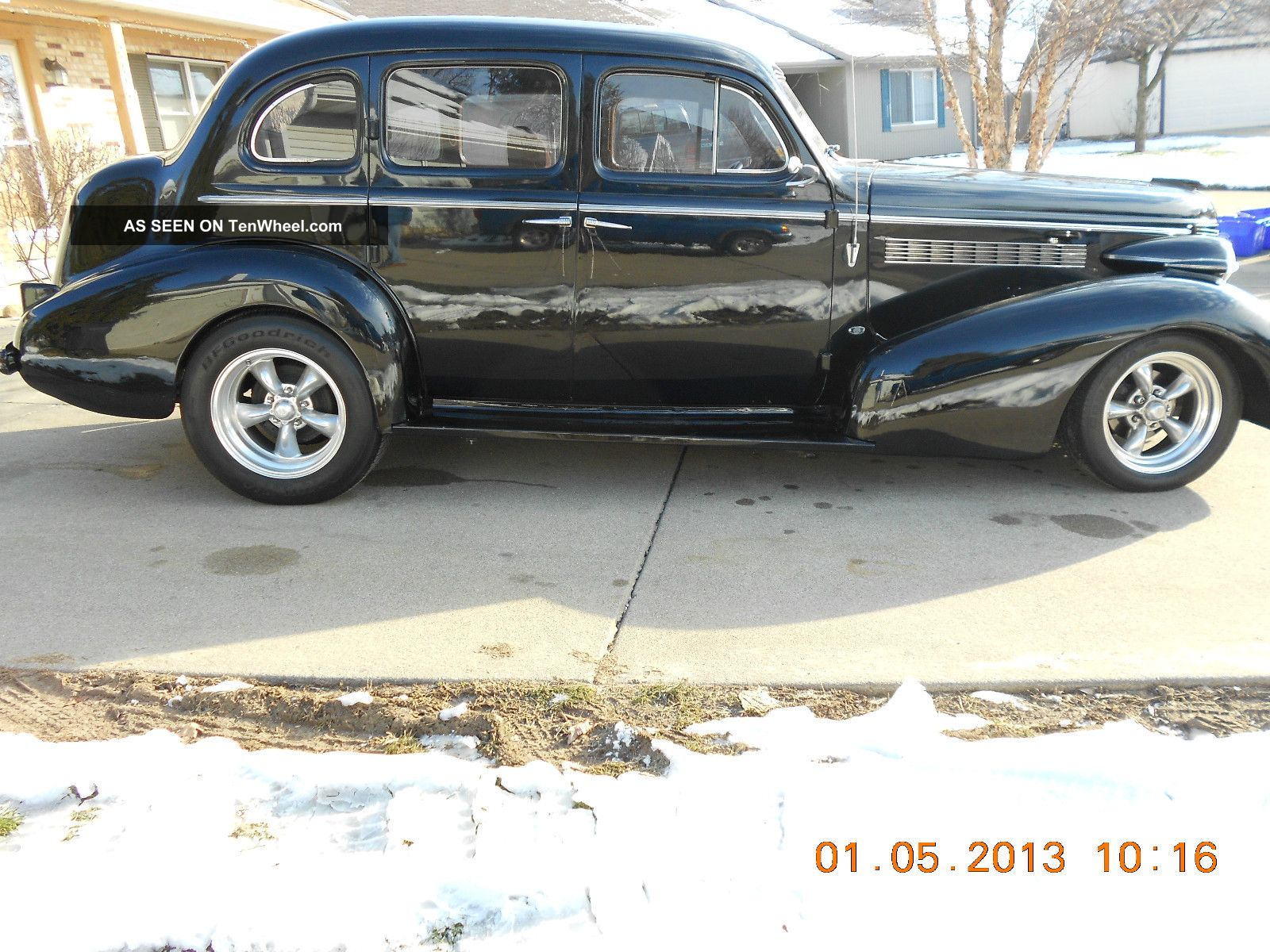 1937 Buick Special - 4 Door Sedan - Black - Modified - Streetrod Driver - Not Trailered Other photo