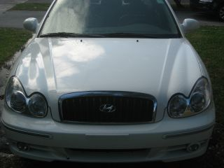 2005 Hyundai Sonata Gls Sedan 4 - Door 2.  7l photo
