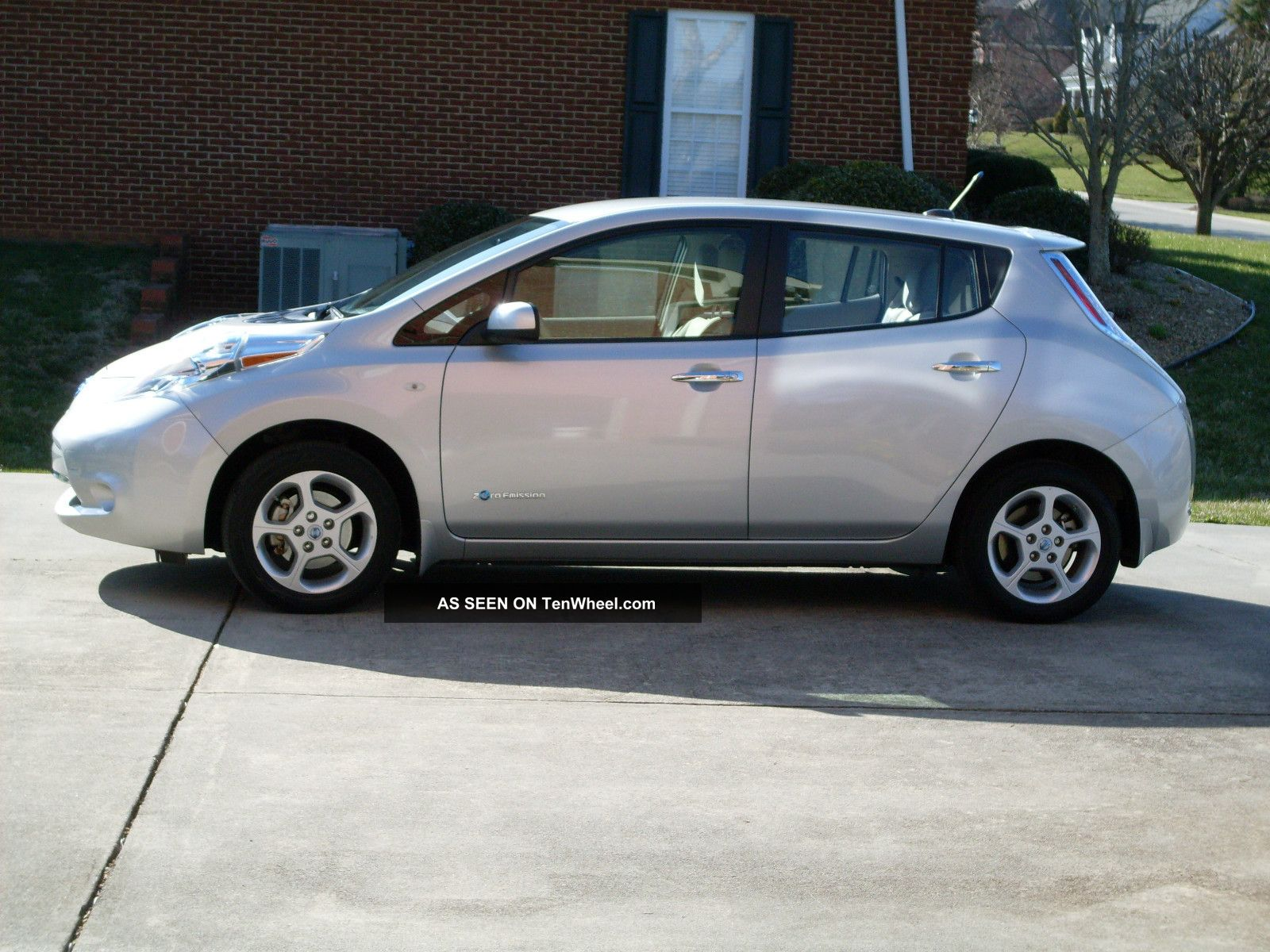 nissan leaf review ev obsession 2017 2018 2019 ford. Black ...