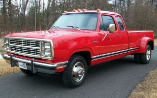 1979 Dodge D300 Adventurer Se Club Cab Dually 440 Big Block Awesome Muscle Truck photo