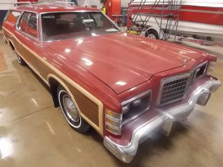 1978 Ford Ltd Country Squire T169166 photo
