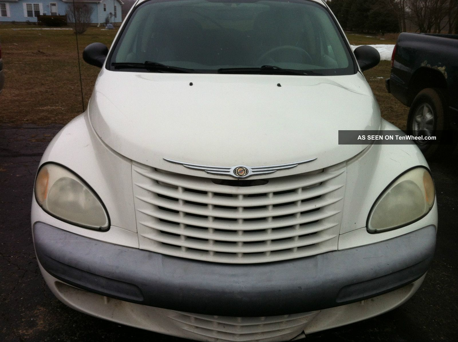 2002 Chrysler Pt Cruiser Base Wagon 4 - Door 2.  4l PT Cruiser photo