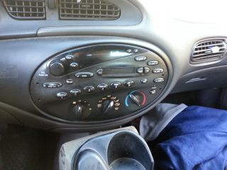 1999 Ford Taurus Se Sedan 4 - Door 3.  0l photo