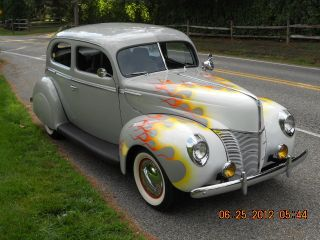 1940 Ford 2dr Deluxe Sedan photo