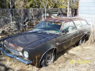 1973 Ford Pinto Wagon photo