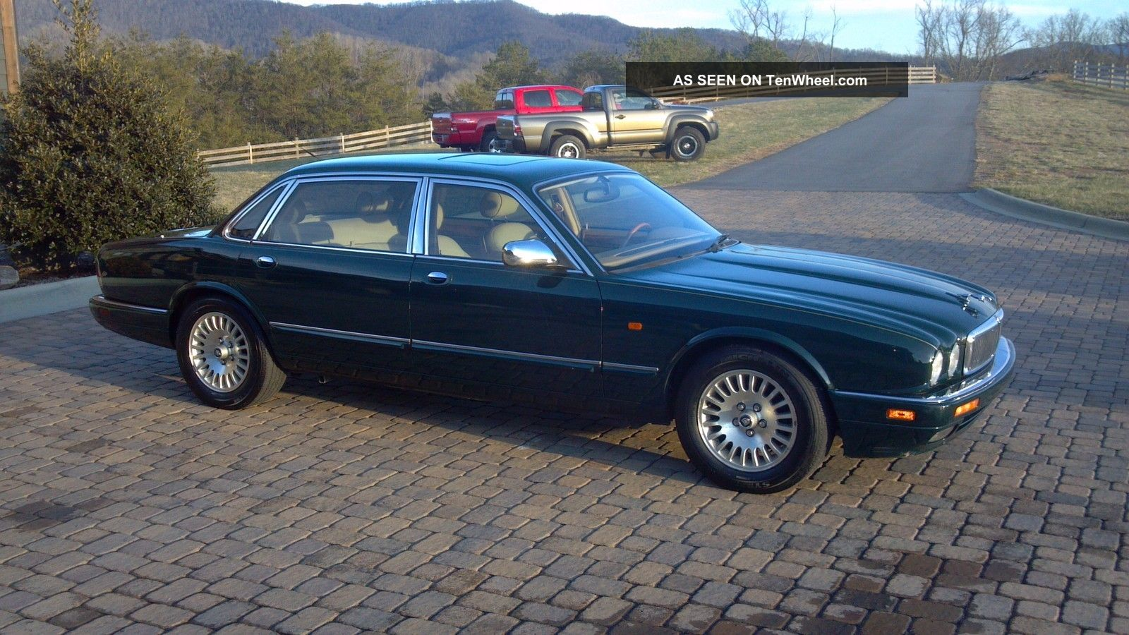 1996 jaguar vanden plas base sedan 4 door 4 0l low. Black Bedroom Furniture Sets. Home Design Ideas