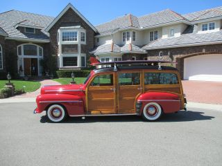 1948 Ford Deluxe Woodie Wagon photo