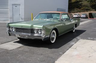 1968 Lincoln Continental Base 7.  5l photo