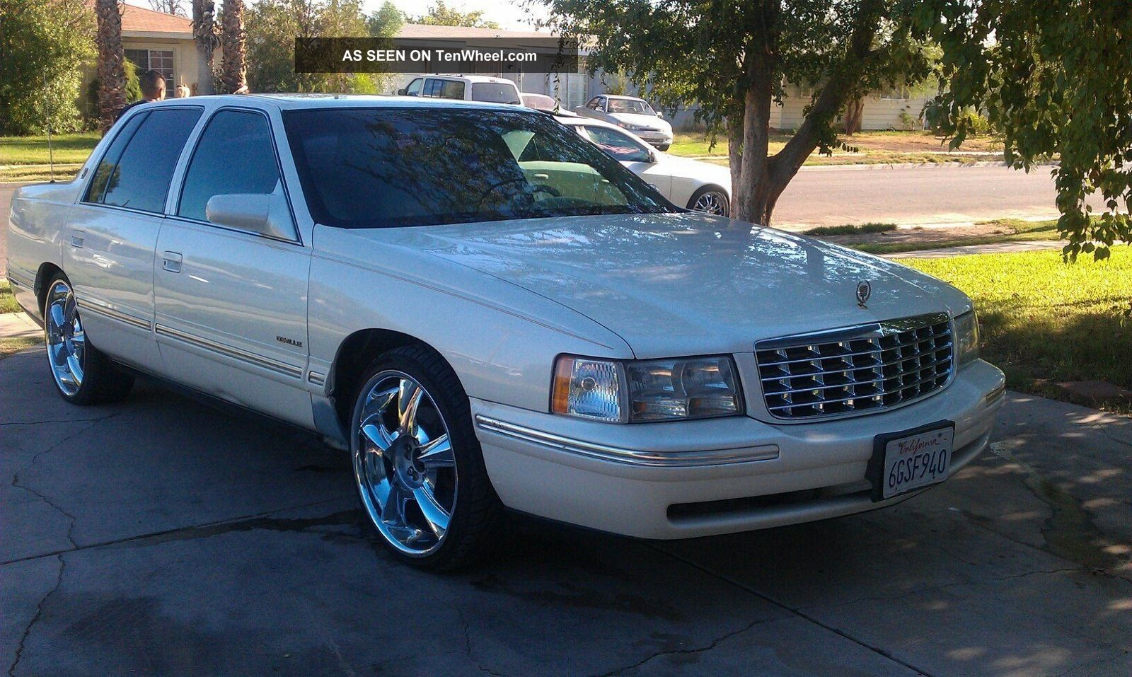 1998 cadillac deville base sedan 4 door 4 6l. Cars Review. Best American Auto & Cars Review
