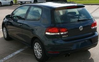 2010 Volkswagen Golf 2 Door In Blue Graphite Metallic photo