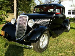 1934 Ford 5 Window Coupe (model 40a) photo