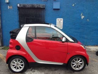 2009 Smart Fortwo Passion Cabrio Convertible 2 - Door 1.  0l photo