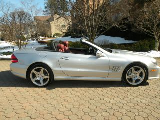 2009 Mercedes - Benz Sl550 Convertible 5.  5l Silver Arrow Edition photo
