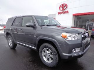 2013 4runner Sr5 4x4 4.  0l V6 Rear Camera photo
