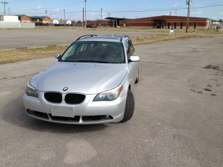 2006 Bmw 530 Xit Wagon.  And Priced To Sell photo