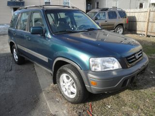 1998 Honda Cr - V Ex Sport Utility 4 - Door 2.  0l Five Speed Manual photo