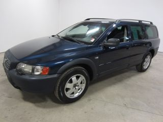 2004 Volvo Xc70 Cross Country Awd 2.  5l Turbo Auto 80pics photo