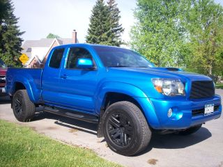 2010 Toyota Tacoma Base Extended Cab Pickup 4 - Door 4.  0l photo