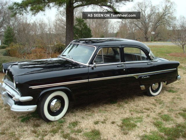 1954 ford customline 4 door